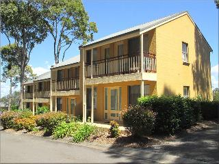 Cockatiel Defuxe Terrace at Raffertys Resort - Blacksmiths vacation rentals