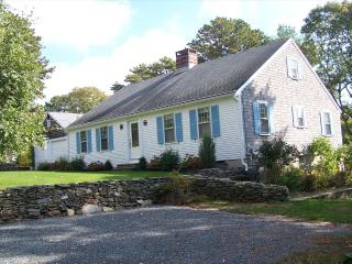 17 Lakeway on no name pond 125111 - Harwich vacation rentals