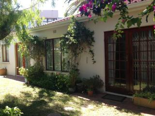 Comfortable spacious family home - Bloubergstrand vacation rentals