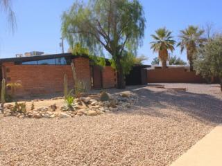 A beautifully remodeled home on the east side of Tucson - Southern Arizona vacation rentals