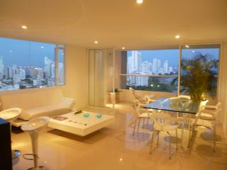 Spacious and Stylish Oceanfront Apartment - Cartagena vacation rentals