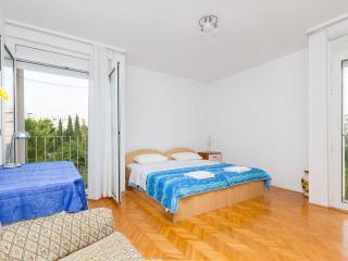 Apartment Irma/LAST MINUTE!! - Split vacation rentals