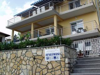 Apartment Novoselic 5 - Dramalj vacation rentals