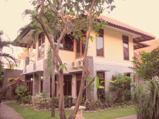 Red Ape Retreat - Kuta vacation rentals