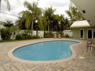 Gorgeous Pool Home Near Beach, Dining, & Shopping! - Fort Lauderdale vacation rentals