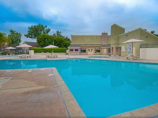 NEW*GVH4+3 bdrm+Across Street from Disney+Pool+Spa - Anaheim vacation rentals