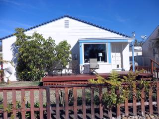 3BR/2BA Pacific Beach Cottage - Pacific Beach vacation rentals