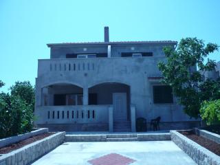 Apartment Pašman, Banj - Banj vacation rentals