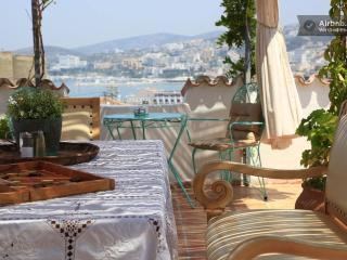 ANZAC GOLDEN BED PENSİON - Kusadasi vacation rentals