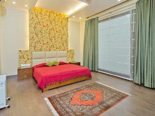 Mulberry Vista B&B - Greater Noida vacation rentals