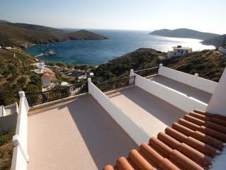 STUDIOS RENA KAMPI FOURNI - Patmos vacation rentals