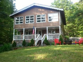 Great year round getaway near Lake Winnipesaukee - Gilford vacation rentals