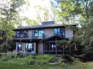 Bear Camp Pond Waterfront Vacation Rental - Sandwich vacation rentals