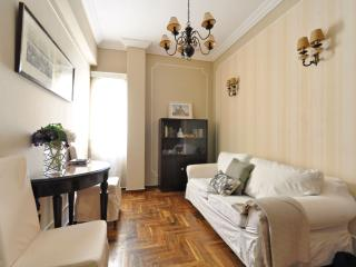 PLAKA CLASSICAL:LOCATION *3,A/C,WiFi,MUSEUMS,METRO - Athens vacation rentals