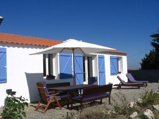 Cottage on the atlantic coast - Au Passage du Gois - Saint-Urbain vacation rentals