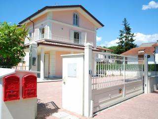 Villa Mare - Tuscany vacation rentals