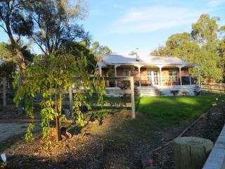Honeyeater Cottage B & B - Pakenham vacation rentals