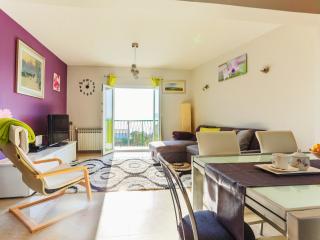 Family apartment/sea view/6+2 pax/Podstrana - Podstrana vacation rentals