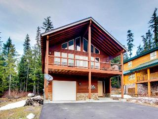 Gorgeous home with private hot tub, deck, and ski access! - Government Camp vacation rentals