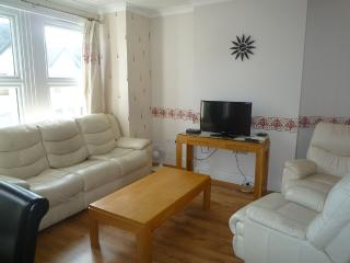 2 Bedroom Wimbledon holiday apartment in London - London vacation rentals
