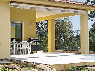 Gorgeous villa just outside Porto Vecchio, Corsica, with great garden and terrace - Porto-Vecchio vacation rentals