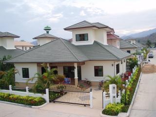 Hua Hin/Thailand vackert hus nära Palm Hills Golf - Hua Hin vacation rentals