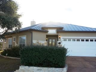 Luxurious townhome near Sea World and Lackland AFB - San Antonio vacation rentals