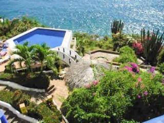 2 BR ocean view condo in desired area - Puerto Escondido vacation rentals