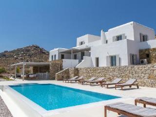 Villa Yior Retreat boasts Privacy & Chic Setting with Pool - Near Beaches - Kalafatis vacation rentals