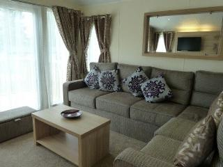 ATLANTA MOBILE HOME 21 Hillside Park, Pooley Bridge, Ullswater - Shap vacation rentals