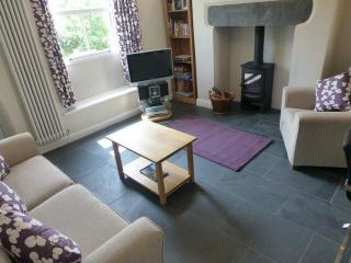 HEARTINGS COTTAGE, Ambleside - Ambleside vacation rentals