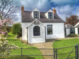 GYPSY PALACE, Kirk Yetholm, Roxburghshire, Scottish Borders - Kelso vacation rentals