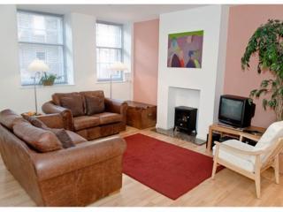 THE CAUSEWAYSIDE APARTMENT, The Southside,  Edinburgh, Scotland - Patrington Haven vacation rentals