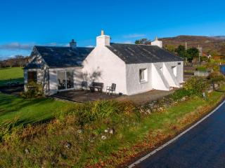 TIGH GRIANACH, North Connel, Oban, Argyll, Scotland - Oban vacation rentals