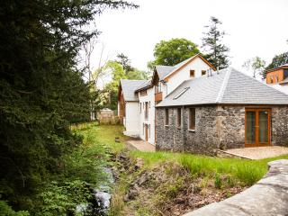 Fairydean Mill - Rural Retreat Close to Edinburgh - Eddleston vacation rentals