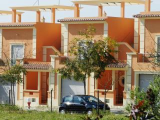 Vista Golfinho, Fuseta, Algarve - Fuzeta vacation rentals