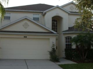 Nice 5 bedrooms villa in Golf community - Davenport vacation rentals