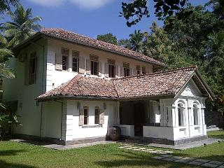 Old Clove House - Talpe vacation rentals