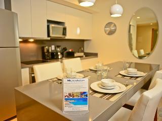 Luxury 1 Bedroom in the Heart of Downtown Playa - Playa del Carmen vacation rentals