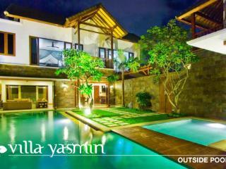 4 Bed Luxury Villa Seminyak Bali great location - Bali vacation rentals