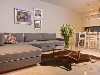 Beautifully Decorated 1 Bedroom in Downtown Playa - Playa del Carmen vacation rentals