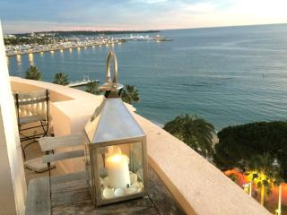 LA PERLE - The Perfect Film Festival Apartment! - Cote d'Azur- French Riviera vacation rentals