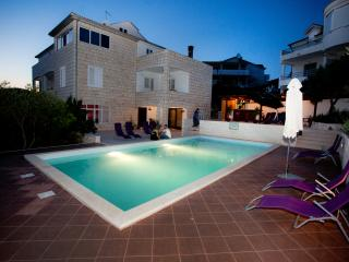 3 bedroom apartment R3 in villa Marijeta with pool - Hvar vacation rentals