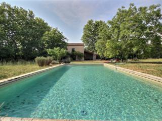 Grande maison de campagne pour 10 pers, piscine - Le Thor vacation rentals
