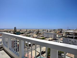 LUXURY SALINAS OCEANFRONT PENTHOUSE SUITE - Salinas vacation rentals