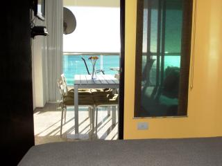 BEACHFRONT CANCUN CLUB ZONE 1 BEDROOM CONDO - Cancun vacation rentals