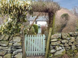 STONETHWAITE COTTAGE, open fire, garden, pet-friendly, in Stonethwaite, Ref 920477 - Rosthwaite vacation rentals