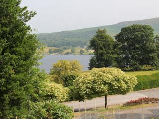 HOLLY COTTAGE, Watermillock, Ullswater - Watermillock vacation rentals
