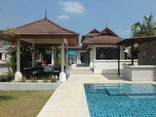 Driftwood Villa, luxury on the beach - Krabi Province vacation rentals