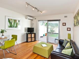 GRACE ON HENSMEN - Fremantle vacation rentals